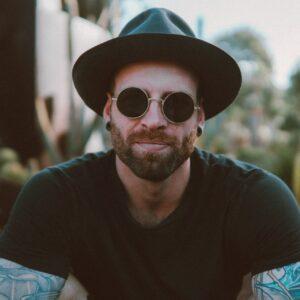 Solbrille-Guiden: Sådan finder du de solbriller, der passer til dig