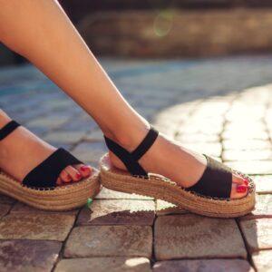 Sandal mode 2021: Bliv klar til år 2021 med de rette sandaler